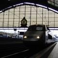 TGV arrivant en gare de Bordeaux St Jean