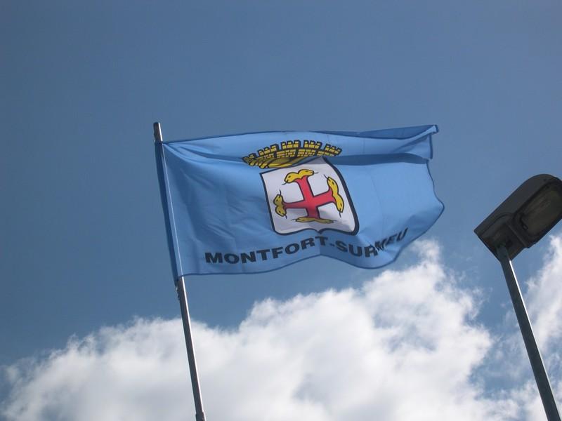 Montfort-sur-Meu / Moñforzh.