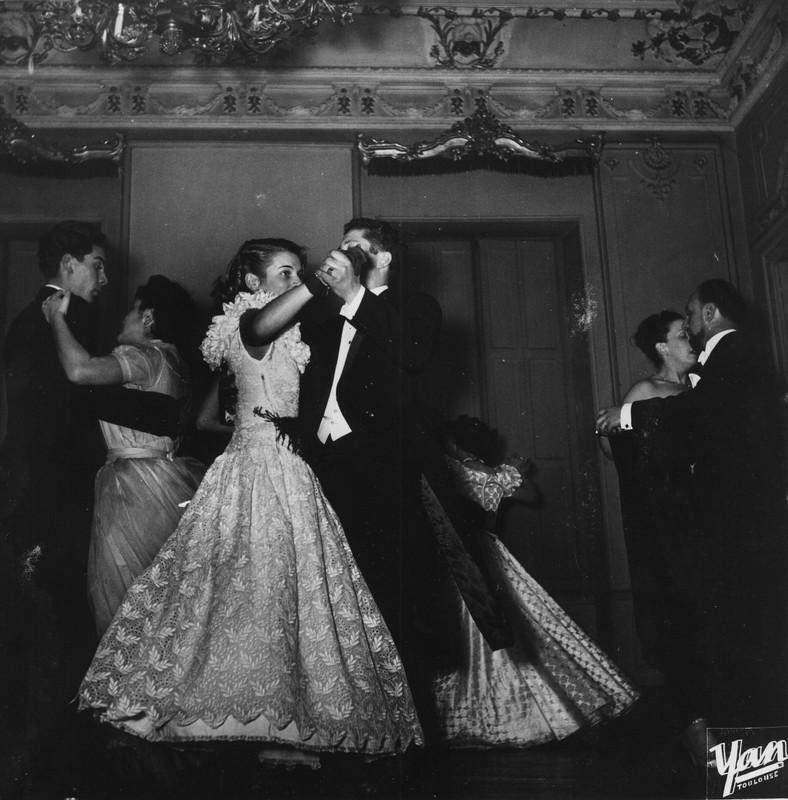 Manou au bal de l'escrime à Toulouse le 4 février 1949