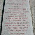 Plaque au pieds de la croix de la Libération.