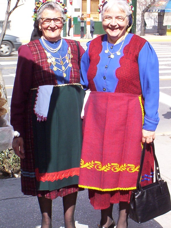 Athènes avril 2003 Costumes traditionnels