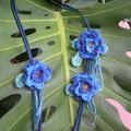 Fleurs crochet et coeur de perles