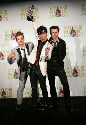 normal_greenday_vmas31_1_