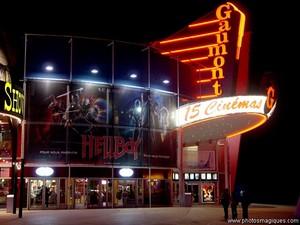 gaumont_night1