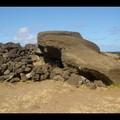 Samedi 10/12 - Ile de Paques - Un Moai brisé