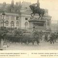 A Orléans devant la statue de Jeanne d'Arc