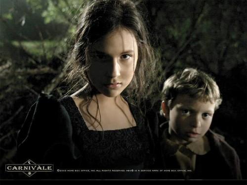 Iris et Justin, enfants