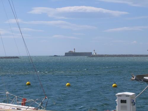 Le Fort Brescou, vu du port