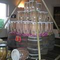 Pyramide de tambours réalisés, pour 1 commémoration de l'aboliti