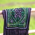 détail habit Hmongs