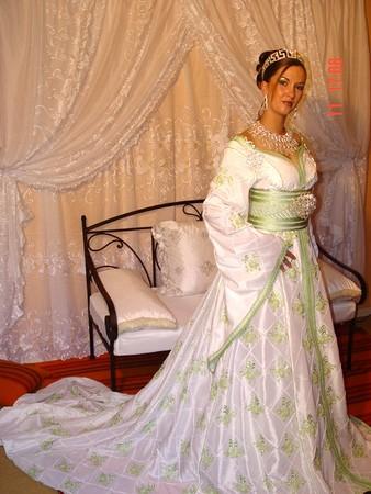 اللباس المغربي التقليدي t-maroc312.JPG