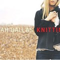 sarah_dallas_knitting