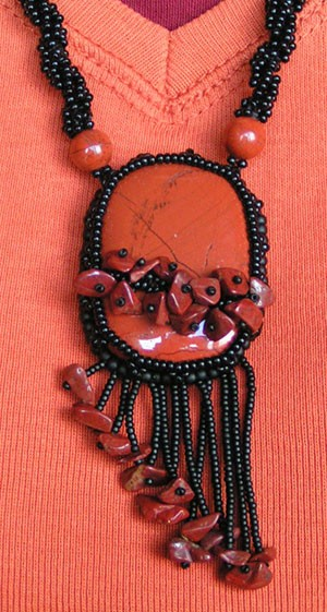 collier_jaspe_rouge2