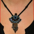 Collier blue noir