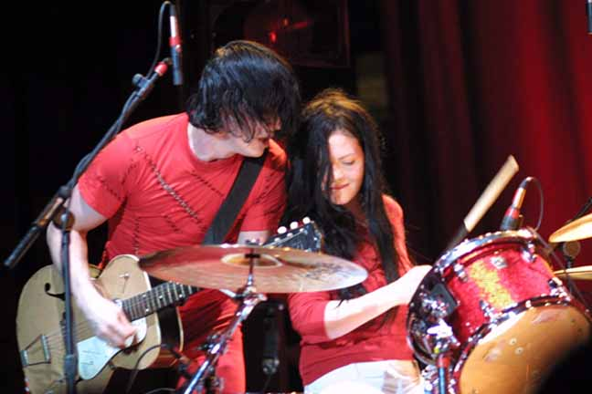 The_White_Stripes1.jpg