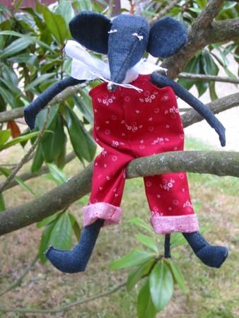 mimi petite souris nouchka tricot et couture blog couture et tricot du fait main. Black Bedroom Furniture Sets. Home Design Ideas