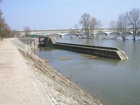 ecluse_canal_d_orl_ans