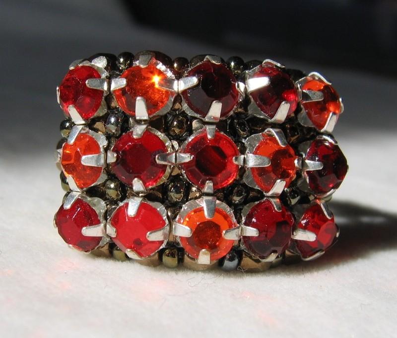 Clara rouge-orangé, du Charl'stone II