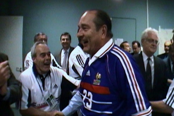 http://politicobs.canalblog.com/images/jacques_chirac_football1.jpg