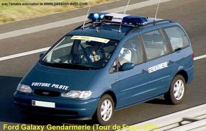 gendarmerie_ford_galaxy