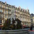 La fontaine des Trois Grâces sur la place de la Comédie