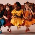 Le défilé des poupées