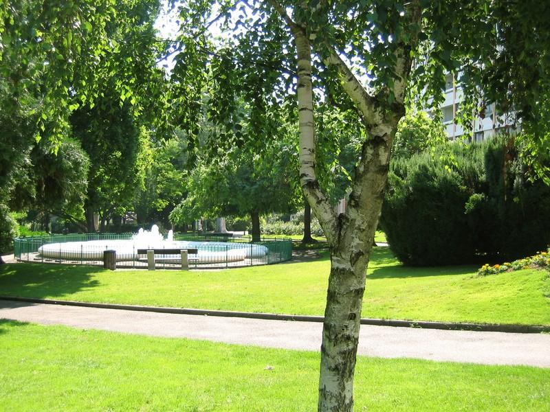 Un petit tour saint chamond au matin du 3 juillet 2006 for Jardin lamartine