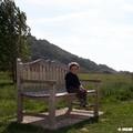 Le petit gars sur le banc
