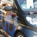 Detail of the Blue smART car by Sokazo