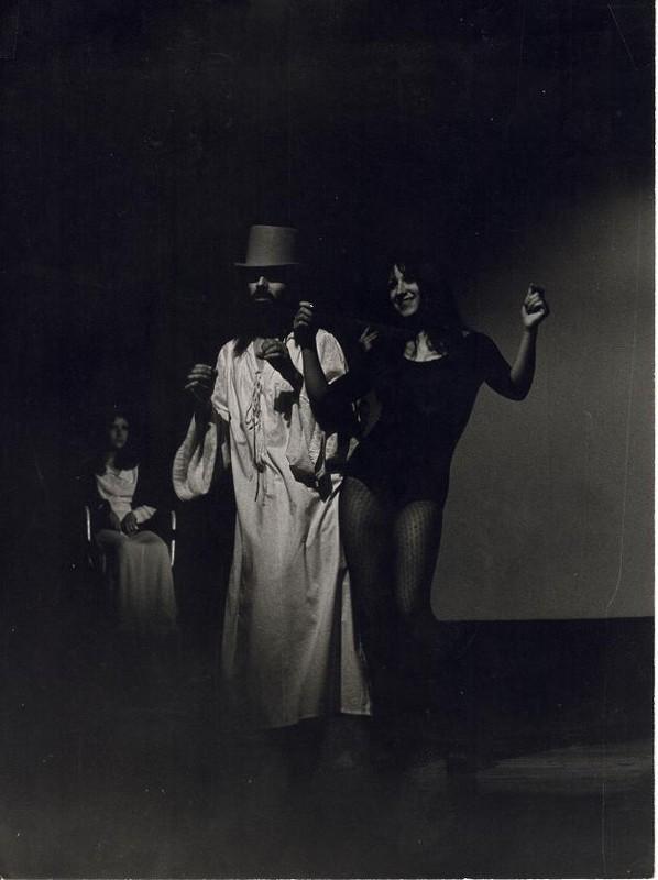 1975_Christous_et_Pubis_Girl