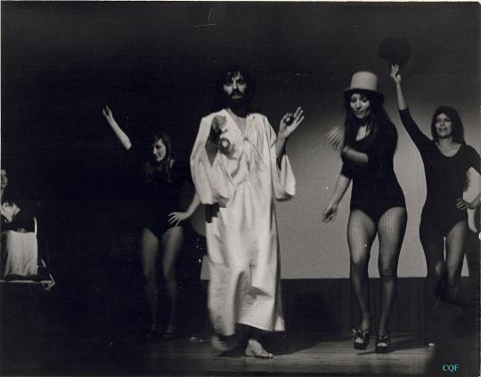 1975_L_Enfer_des_Mille_Vies_2