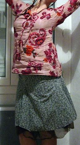 Une chemise pour moi, et une jupe à godet bizarre