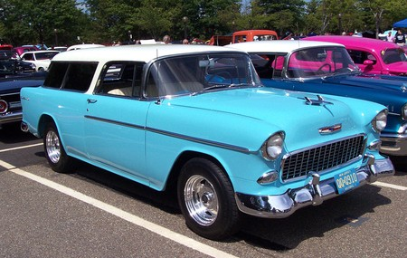 1955_chevrolet_nomad_blue_white_le1