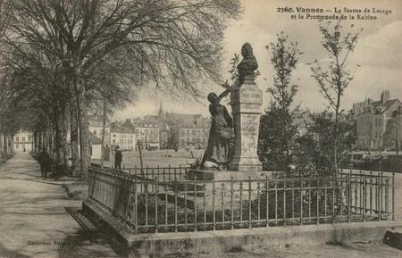 statue___lesage_2
